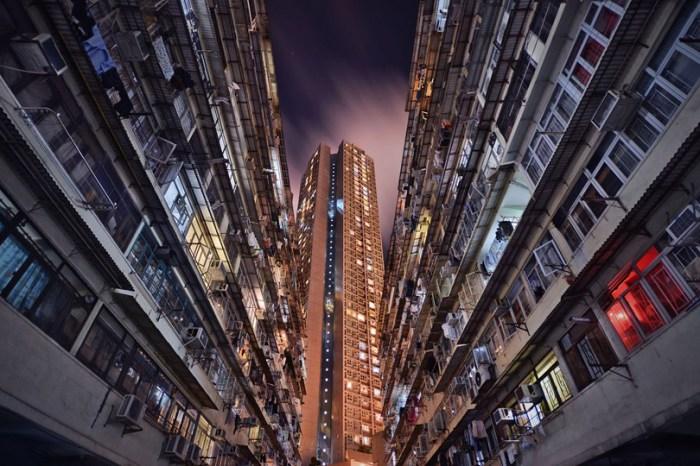 Хаос и порядок Гонконга в серии работ Romain Jacquet-Lagreze.