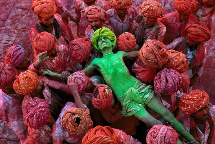 Красочные снимки Индии от Стива Мак-Карри (Steve McCurry).