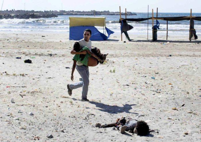 Фотограф Tyler Hicks, Газа, июль 2014 года.