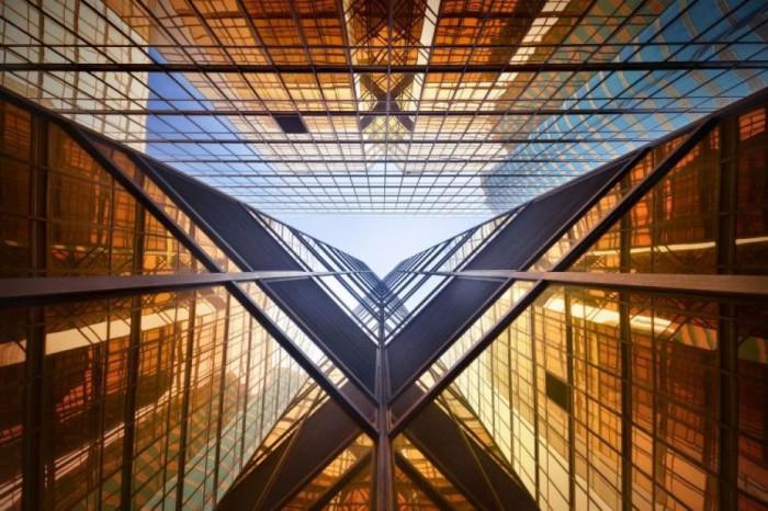 Необыкновенные фотографии Гонконга от Romain Jacquet-Lagreze.