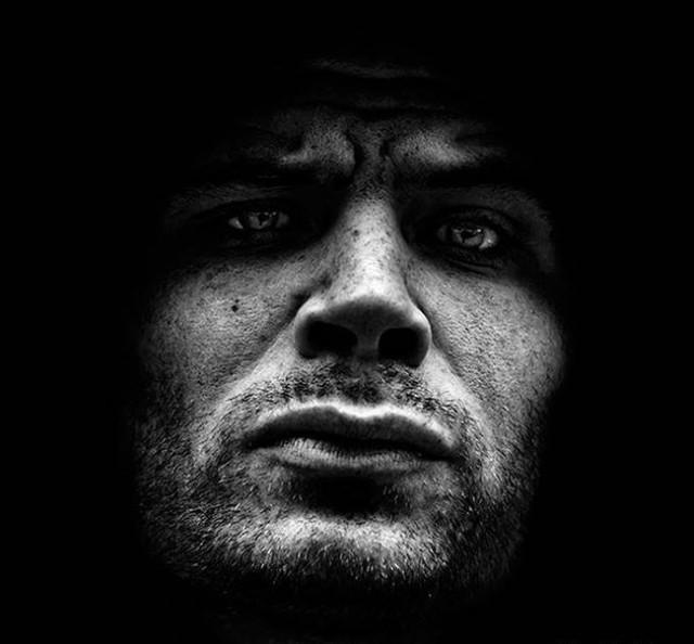 Суровые черно-белые портреты от Dark Spirit.