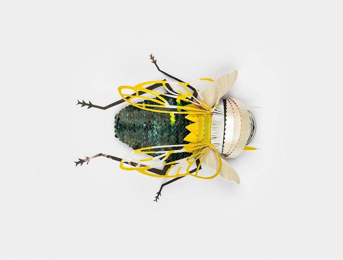 Коллекция бумажных насекомых от бельгийского рекламного агентства.
