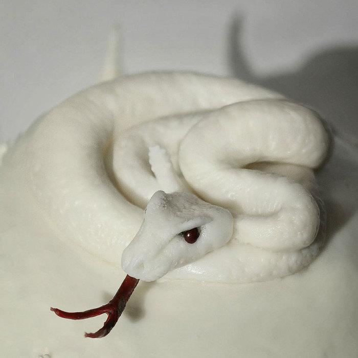 Сладкая змея от Кристин Макконнелл (Christine McConnell).