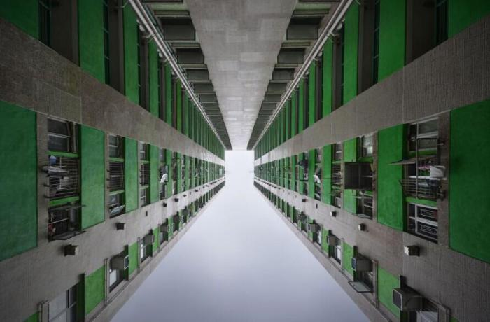 Загадочный Гонконг на фотографиях Romain Jacquet-Lagreze.