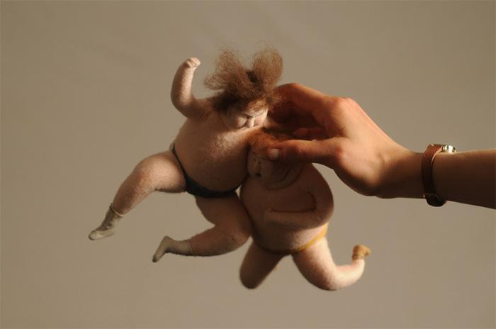Забавные шерстяные куклы - герои короткометражных мультфильмов.