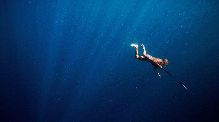 Невероятно красивые подводные съемки.