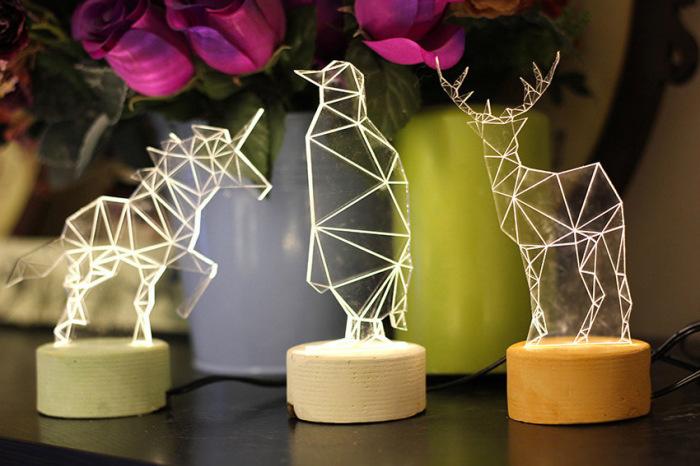 Оригинальные светильники в форме зверюшек от Amit Sturlesi.