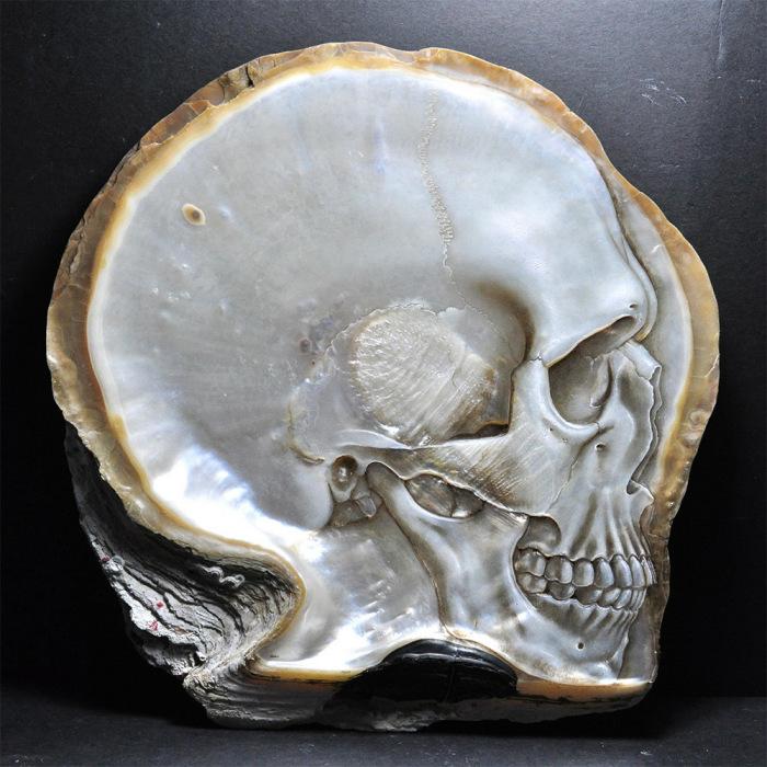 Слияние человеческих форм и природы в работах Грегори Халили (Gregory Halili).