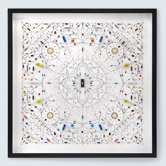 Необыкновенные работы Леонарда Юлиана (Leonard Ulian).