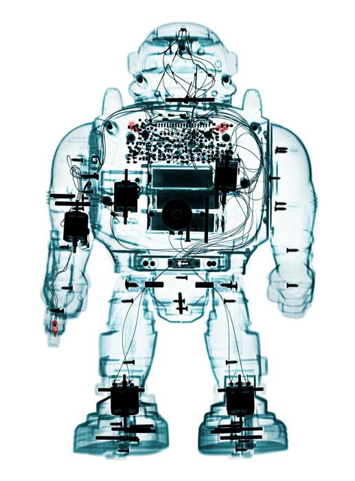 Игрушечный робот в необычных работах фотографа Брендана Фитцпатрика (Brendan Fitzpatrick).