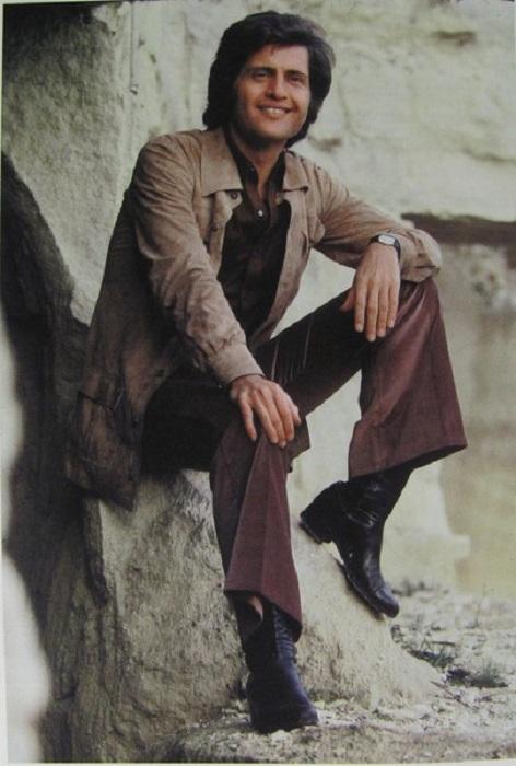 Джо Дассен -популярный исполнитель 1960-х и 1970-х гг. | Фото: jenskiymir.com.