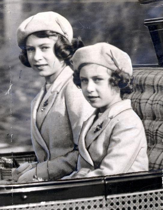 Принцессы Елизавета и Маргарет.