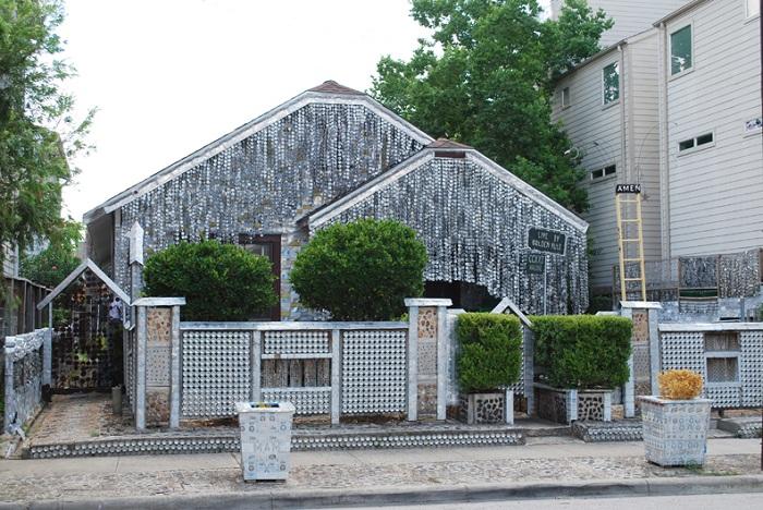 Пивной дом Джона Милковича.