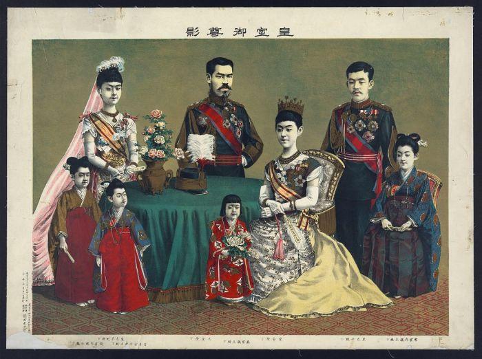 Семья императора Мэйдзи. | Фото: memory.loc.gov.