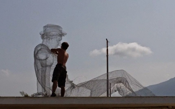 Скульптура Edoardo Tresoldi.