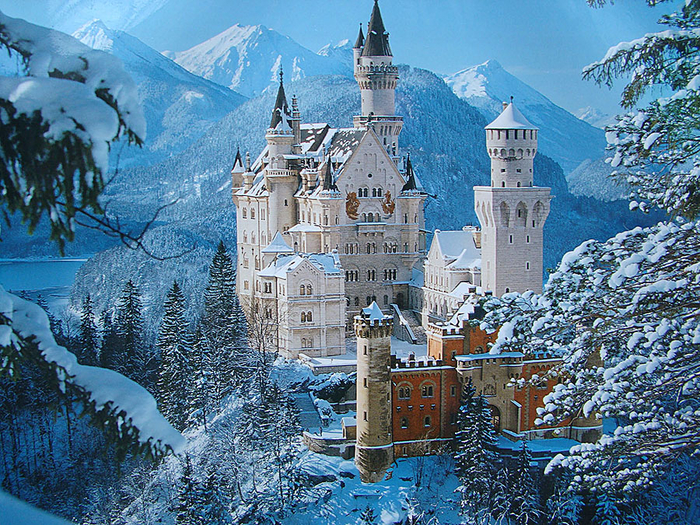 Замок Нойшванштайн (Neuschwanstein). | Фото: liveinternet.ru.