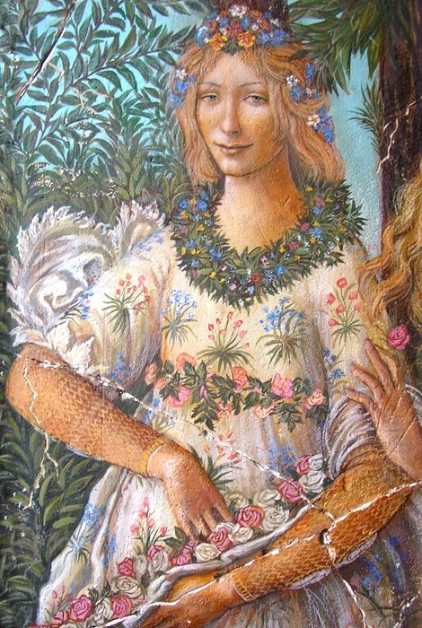 Флора - богиня цветения.