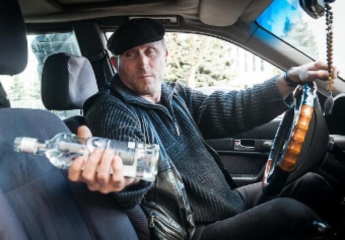 Таксисты 80-х всегда знали, где найти любой алкоголь.