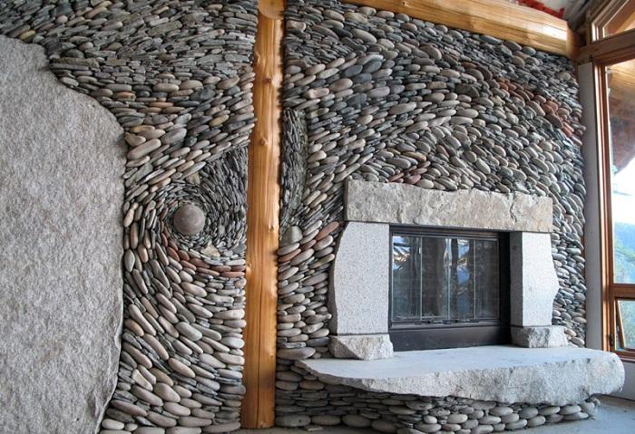 «Каменное оформление» дома.