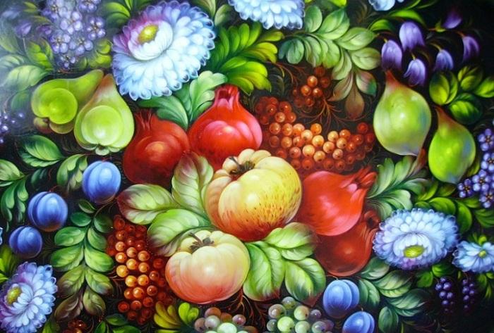 Цветочный букет - характерный мотив для жостовской росписи.