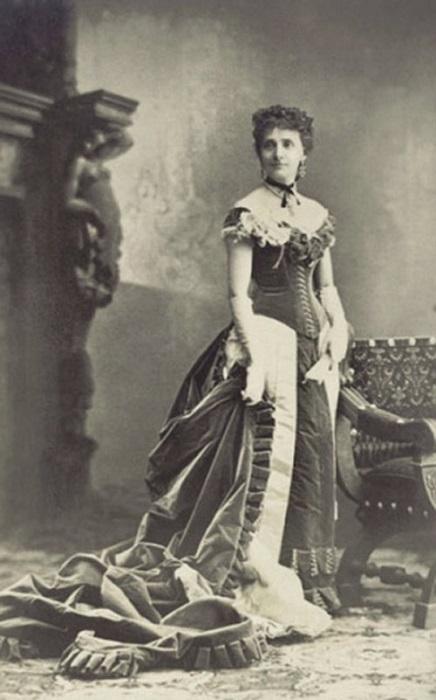 Мари Верне Ворт - супруга Чарльза Ворта и первая манекенщица. | Фото: media-cache-ec0.pinimg.com.