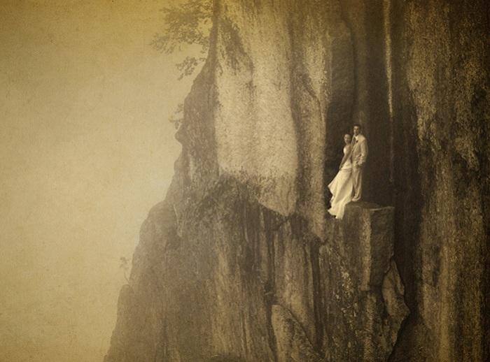 Фотография, сделанная на скалистом уступе на высоте 100 метров.