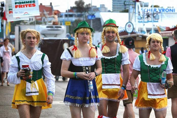 Колоритные участники фестиваля.