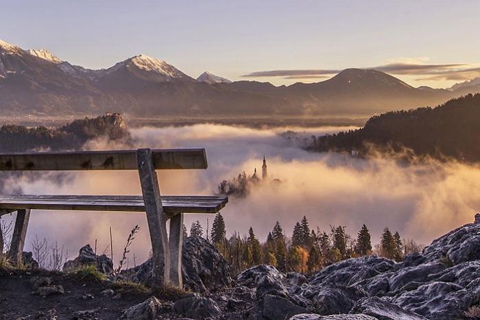 Холм Ойстрица в Словении.