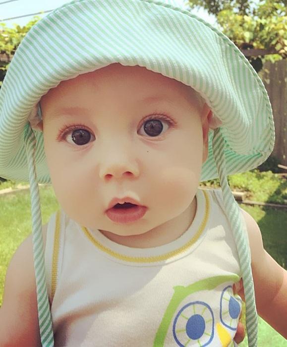 Фото малыша.