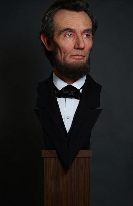 Скульптура Авраама Линкольна.