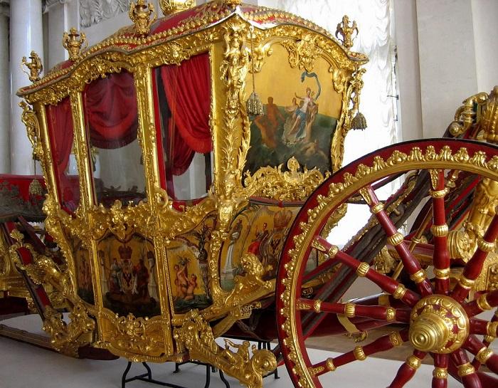 Коронационная карета российской императрицы Екатерины II. | Фото: fiveminutehistory.com.