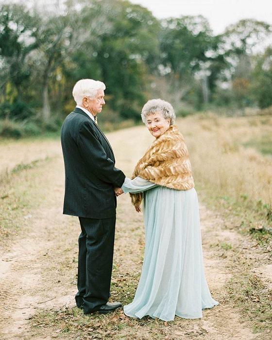 Бабушка и дедушка, которые 63 года вместе.