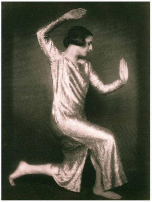Leni Riefenstahl в юном возрасте.