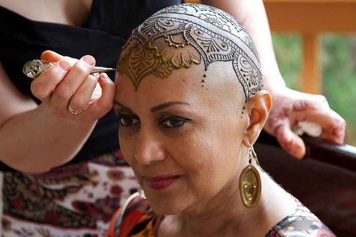 Henna Heals - сообщество мастеров, делающих тату из хны.