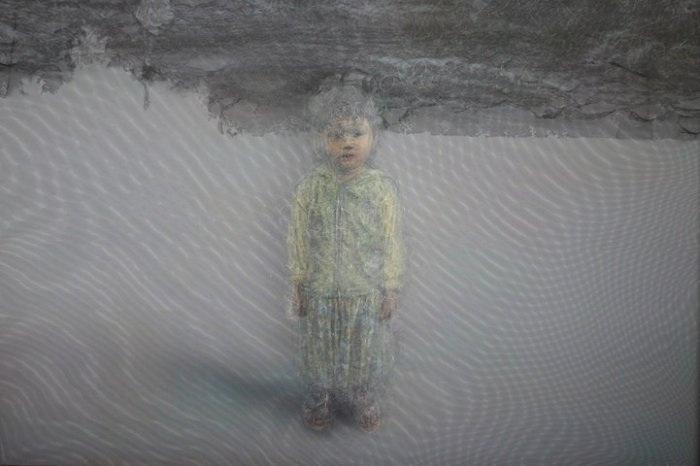 Картина, изображенная на многослойной ткани.