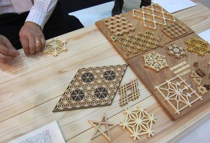 Варианты мозаики из деревянных дерева.