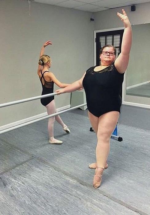 Лиззи Ховэлл - балерина с избыточным весом. | Фото: img8.kasjauns.lv.