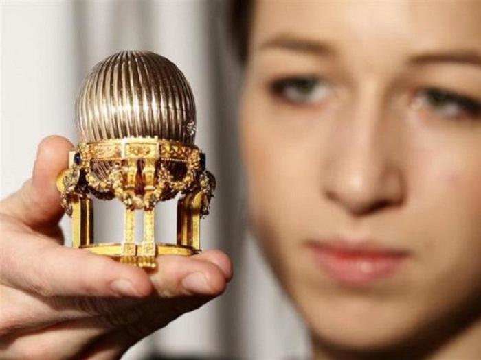 Яйцо Фаберже, купленное за 33 млн. долларов. | Фото: playbuzz.com.