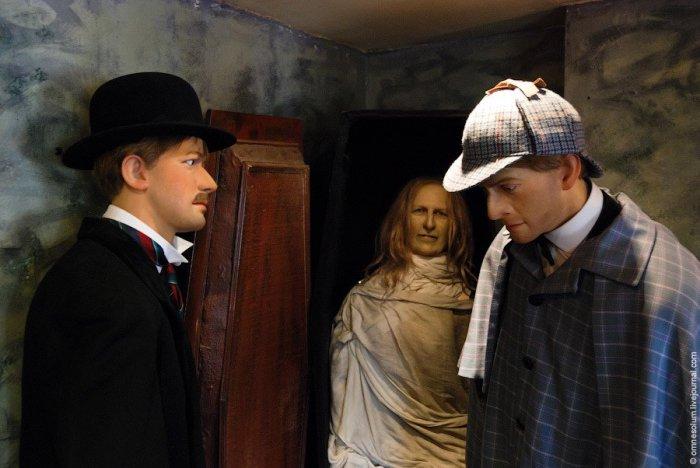 Восковые фигуры персонажей из романов о Шерлоке Холмсе. | Фото: loveopium.ru.