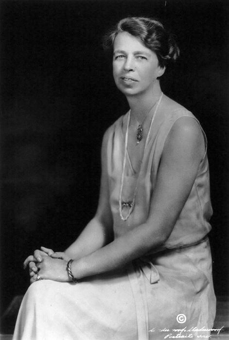 Элеонора Рузвельт - известная американская лесбиянка и жена президента.