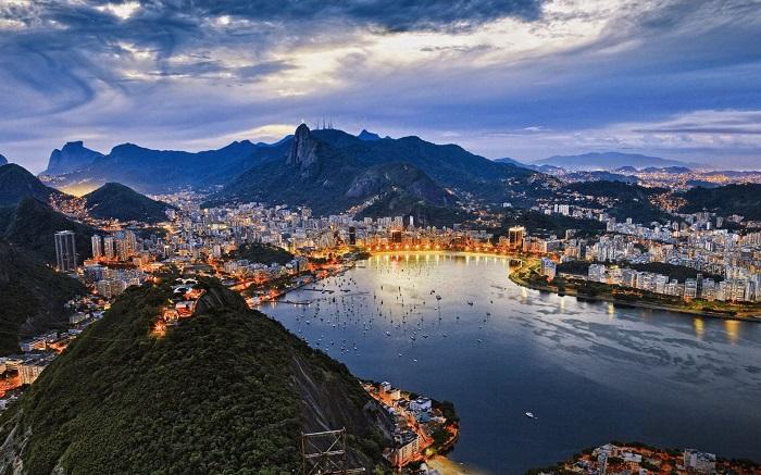 Современный Рио-де-Жанейро. | Фото: bgpics.ru.