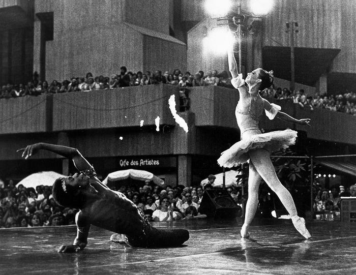 Спектакль «Щелкунчик» в Театре с исполнителями Сильвестром Кэмпбелл и Камиллой Изард, 1986 год.