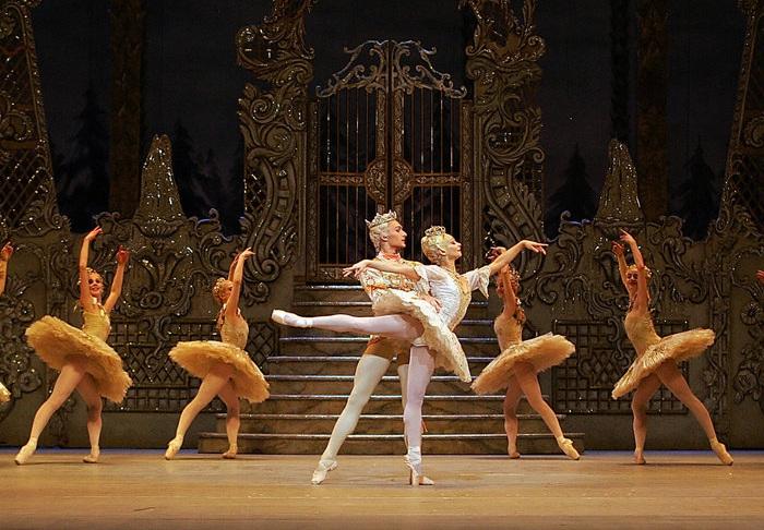 Танцоры в Royal Ballet, 2005 год.