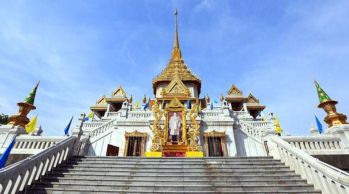 Золотая обитель Будды Шакьямуни в Калмыкии.