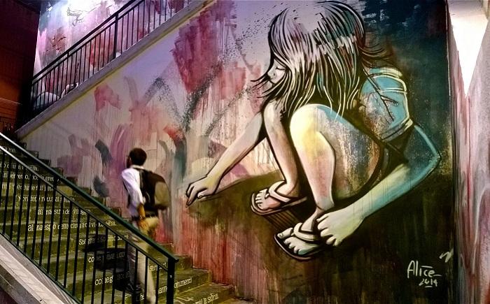 Стрит арт итальянской художницы Alice Pasquini.
