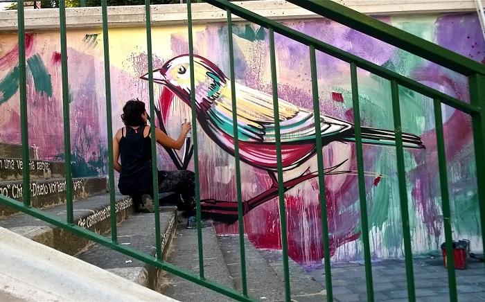 Роспись на стенах от итальянской художницы.