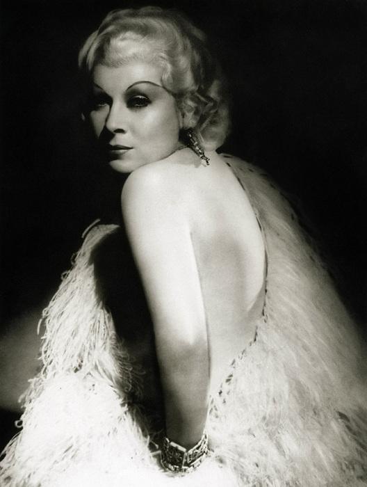 Mae West - ������� �������, ��������� � ��� ���� ������ �������.