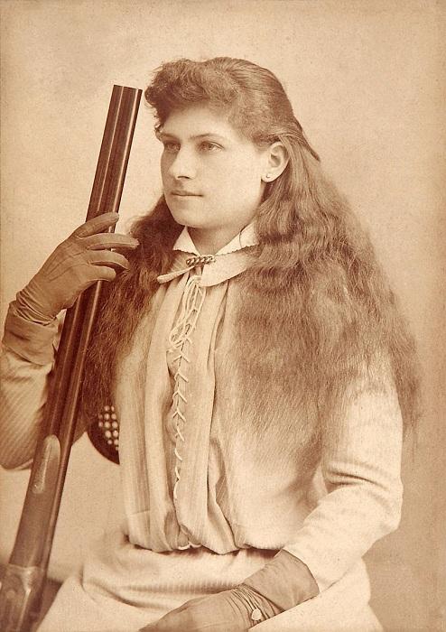 Энни Оукли (Annie Oakley - знаменитая женщина-стрелок.   Фото: ru.wikipedia.org.