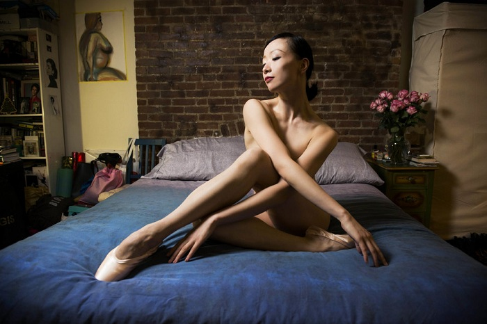 Zhongjing Fang родом из Шанхая. Балерина танцует в Американском театре оперы.