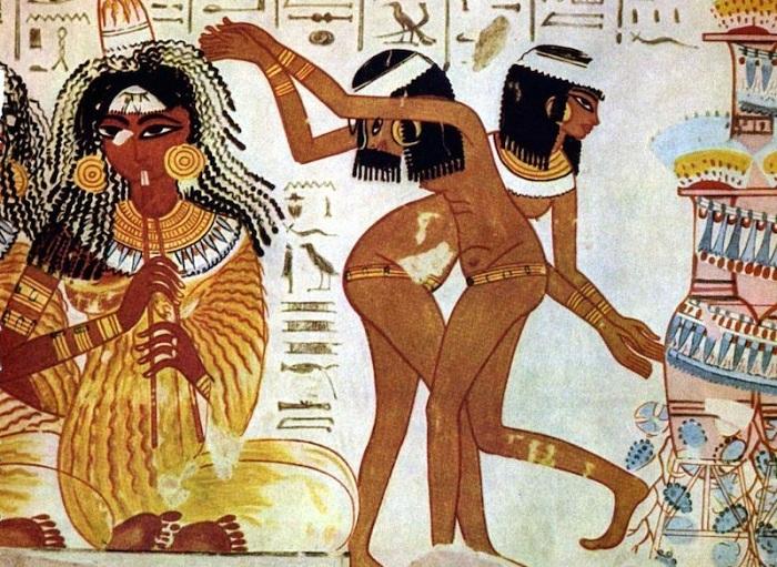 Древние египтянки для контрацепции использовали какашки крокодила.